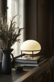 WOUD - Pump bordlampe m. opal Glass