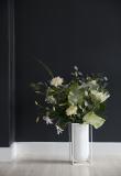 by Lassen - Kubus Nolia vase,  hvit metall